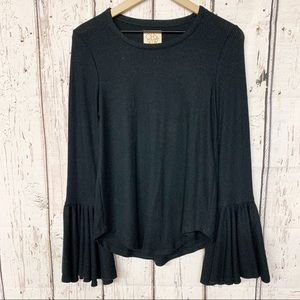 Chaser black ribbed bell sleeve sweater M